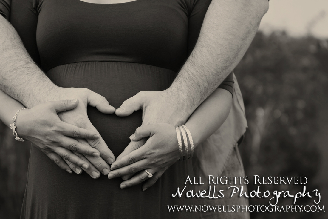 Scottsdale Civic Center Maternity, Portrait Photography in Scottsdale, Arizona, by Photographer Noelle Wells of www.nowellsphotography.com