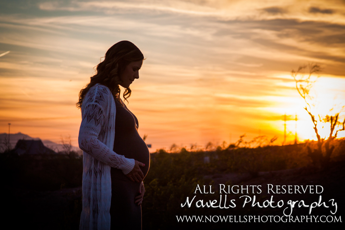 Dreamy, Romantic Maternity Session at Papago Park, Arizona. Sprint Desert Baby Bump, Tempe Photography. www.nowellsphotography.com Sunset Sillouette