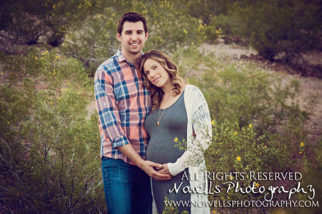 Dreamy, Romantic Maternity Session at Papago Park, Arizona. Sprint Desert Baby Bump, Tempe Photography. www.nowellsphotography.com